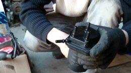 Wymiana filtra paliwa 1.5 dci Nissan Tiida Diesel